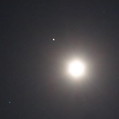 月の左上火星 左下スピカ