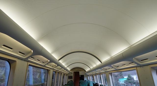 ロイヤルボックス 谷津トンネル前